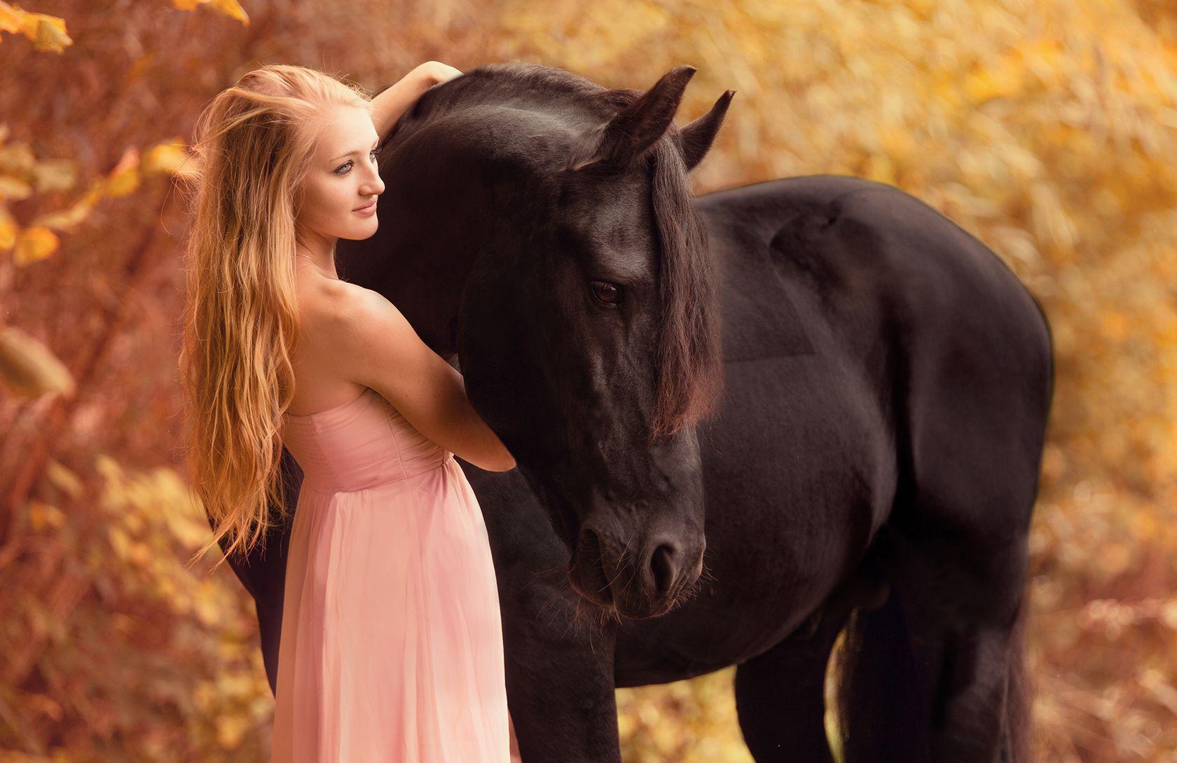 девушка лошади  № 1819000 без смс