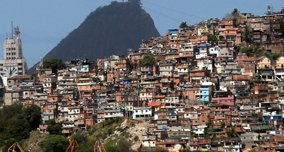 an introduction to the rios favelas communities State presence and urban violence: evidence from the paci cation of rio's favelas 1 introduction { rios largest drug cartel.