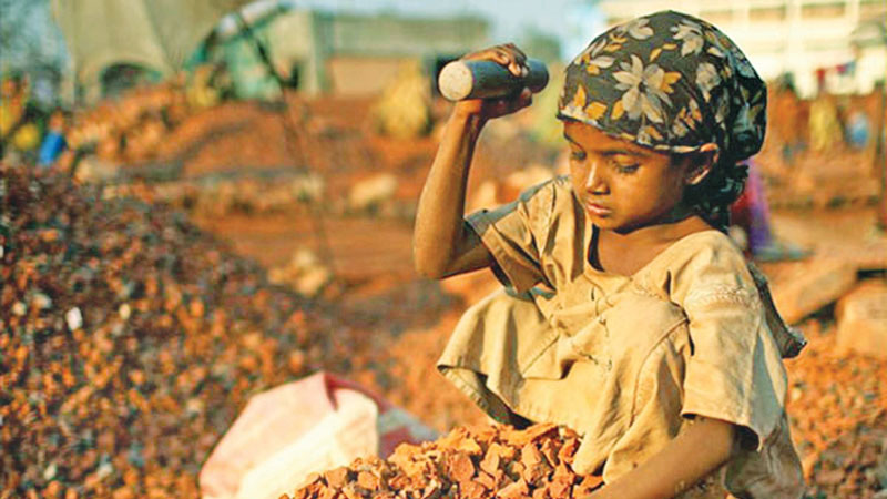 information on child labour in hindi Have you been wondering what you can do to stop child labour in india the answer is here read to know how you can put an end to child labour and.